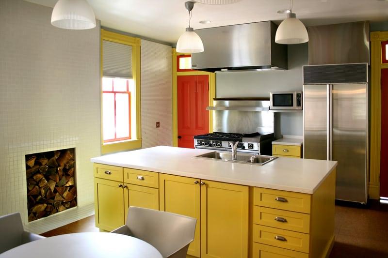 Advantage of Kitchen Cabinet Resurfacing in Rental Properties
