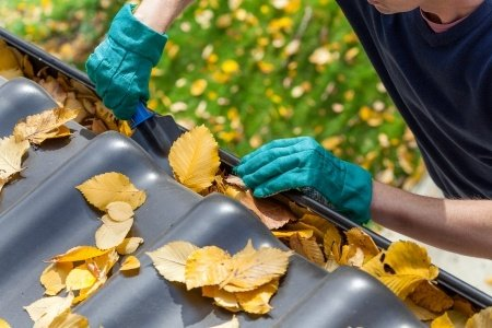 rain gutter maintenance