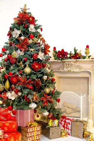 christmas interior tree presents