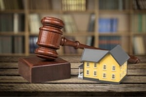 house auction gavel judge eviction